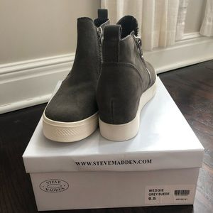 Grey Suede Steve Madden Wedgie Shoes